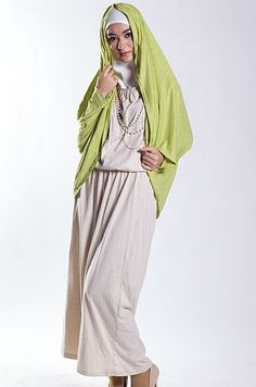 Shanika Dress Cream elsawati.pinkemmaku.com Memasuki bulan Ramadhan, saatnya perbanyak koleksi baju muslim :)