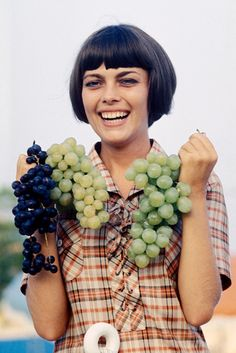 Mireille Mathieu Pictures and Photos   Getty Images