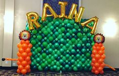A nice jungle themed balloon decoration we did at a recent kids birthday party. Balloon Arrangements, Balloon Decorations, Balloon Delivery, Balloons, Birthday Parties, Nice, Party, Anniversary Parties, Globes