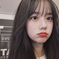 Discover recipes, home ideas, style inspiration and other ideas to try. Korean Girl Ulzzang, Ulzzang Girl Fashion, Style Ulzzang, Ulzzang Hair, Korean Girl Fashion, Korean Short Hair, Short Hair With Bangs, Girl Short Hair, Hairstyles With Bangs