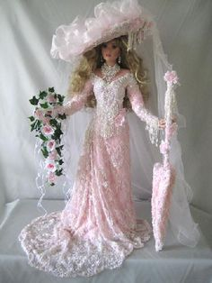 Rusties doll dresses are out of this world beautiful!!!!!!