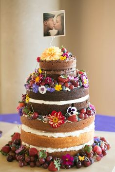 10 Stunning Unfrosted Wedding Cakes  | Mine Forever