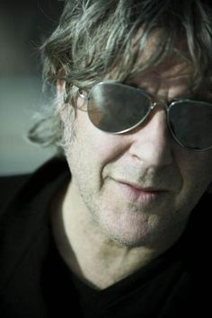 Arno My Favorite Music, My Favorite Things, Mirrored Sunglasses, Mens Sunglasses, Arno, Cool Pictures, Blues, Amazing, Persona