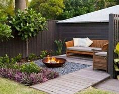 34 Modest Fire Pit and Seating Area for Backyard Landscaping Ideas - Page 18 of Small Patio Garden Design Ideas For Your Backyard 4265 Awesome Backyard Fire Pits with Seating Ideas - HomeSpecially backyard ideas for small yards layout pi Small Garden Landscape Design, Small Backyard Design, Backyard Seating, Backyard Patio Designs, Small Backyard Landscaping, Landscape Designs, Patio Ideas, Landscaping Design, Backyard Layout