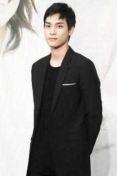 "CHOI TAE-JOON- ""Ugly Alert"" as Gong Hyeon Seok (2013)"