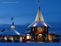 Joulutalo Joulupukin pajakylässä (Rovaniemi, Lappi, Suomi)