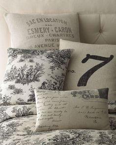 H4V56 French Laundry Home Square French Words Pillow, 22