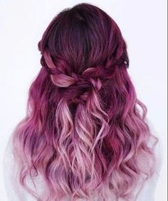 Erstaunlichen Lila Ombre Haar Ideen vor Ein paar Jahren, wenn Sie dachten, lila Haare, die Sie meist in Zusammenhang mit Jugendlichen, d...
