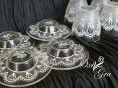 OxiGra: Fiołkowo Lace Painting, Wedding Glasses, Projects To Try, Dots, Painting On Glass, Mugs, Weddings, Ideas, Decorated Boxes