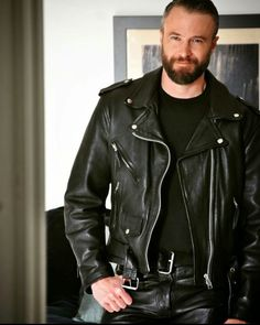 Men's Leather Jackets: How To Choose The One For You. A leather coat is a must for each guy's closet and is likewise an excellent method to express his individual design. Leather jackets never head out of styl Biker Leather, Leather Men, Leather Pants, Black Leather, Leather Jackets, Moustaches, Leather Fashion, Mens Fashion, Street Fashion
