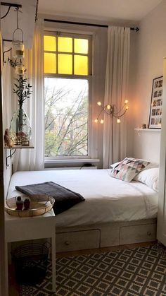 30 Charming Bedroom Ideas For Your Tiny Apartment That Looks Cool Bedroom Ideas For Small Rooms Apartment Bedroom Charming Cool Ideas Tiny Small Apartment Bedrooms, Small Rooms, Small Apartments, City Apartments, Tiny Bedrooms, Small Spaces, Studio Apartments, Apartment Ideas, Apartment Living