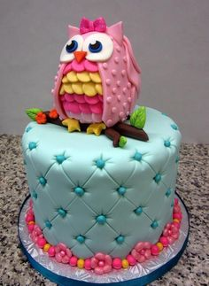 Quilted owl cake