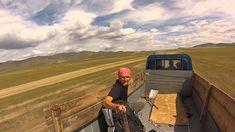 Autostopem do Pekinu! - PlecakWspomnień.pl - YouTube Mongolia, Backpacker, Cowboy Hats, Youtube, Smile, Places, Backpacking, Youtubers, Youtube Movies