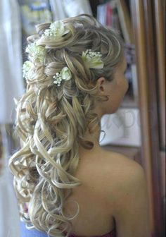 More fairytale hair! This one is a little bit more simple though.