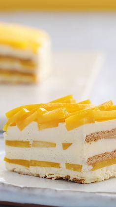 Frozen Desserts, Just Desserts, Delicious Desserts, Yummy Food, Baking Recipes, Cake Recipes, Dessert Recipes, Icebox Cake, Icebox Desserts