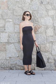Trini | Wolford dress - Birkenstock sandals - Céline cabas bag - The Row sunglasses