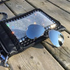 ⭐️JUST IN⭐️Silver mirror aviator sunglasses Summer is almost here and so is the sunshine! Polarized mirror aviator sunglasses with UV protection. Major fashion statement! trades, price is firm! Lexi's Boutique Accessories Sunglasses