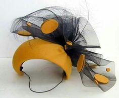Like the felt 'spots' (double-sided! Millinery Hats, Fascinator Hats, Fascinators, Headpieces, Kanzashi, Cocktail Hat, Fancy Hats, Love Hat, Wedding Hats