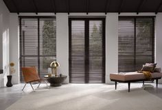 MAC has the largest collection of wooden venetian blinds in India. Other products include roller, screen, wooden blinds delhi. Hunter Douglas, Eindhoven, Modern Window Coverings, Black Blinds, Store Venitien, Black Window Frames, Aluminum Blinds, Tiny Apartments, Wood Blinds