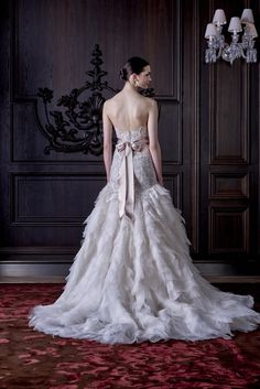 Monique Lhuillier Bridal Spring 2016 - Collection - Gallery - Style.com