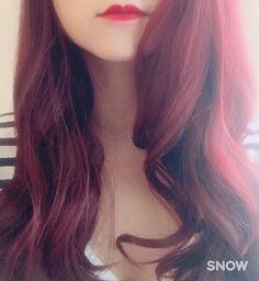WEBSTA @ riri_socal - Day 3 still happily a redhead been receiving a lot of compliments from girls and grandmas  #manicpanic #redhead #redhair #vampirered #purplehaze #vampireredandpurplehaze #mix #burgundy #dfordanger #赤髪 #赤毛 #マニックパニック #マニパニ #ヴァンパイアレッド #パープルヘイズ #シャワー浴びると事故現場みたいになるけど #我慢 #お姉さん #おばちゃん #褒めてくれる #ありがとう #ワインレッド