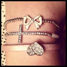 Bracelets<3