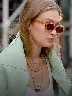 Want more affordable jewelry? Gigi Hadid's Jewelry Style could be for you - Gigi Hadid wearing Designer Jacquie Aiche's Turquoise Eye Pendant - Earring Trends, Jewelry Trends, Celebrity Jewelry, Celebrity Style, Jacquie Aiche, Gigi Hadid Outfits, Turquoise Eyes, Holiday Jewelry, Evil Eye Necklace