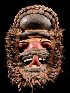 Mask Ngere