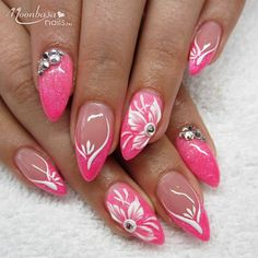 Chic Summer Matte Acrylic Nails Designs To Copy Classy Nail Designs, Nail Polish Designs, Acrylic Nail Designs, Nail Art Designs, Acrylic Nails, Glam Nails, Fancy Nails, Beauty Nails, Cute Nails