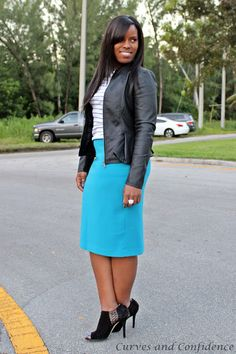 Curves and Confidence | Inspiring Curvy Women One Outfit At A Time: Cool Blue