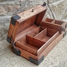 Rustic Jewelry, Wooden Jewelry Boxes, Wooden Watch Box, Wood Watch, Mens Valet, Leather Bag Pattern, Wood Boxes, Art Boxes, How To Antique Wood