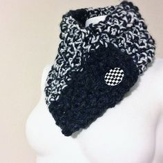 Quick Buttoned Cowl--I like these neck warmers better than the traditional cowl.  I think I'll make this one for myself!