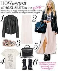 There are a variety of ways to style your maxi skirt in a more sophisticated manner. When it comes to how to wear maxi skirts stylishly, it's all about balancing out . Winter Maxi, Winter Skirt, Autumn Winter Fashion, Maxi Skirt Fall, Dress Skirt, Maxi Skirts, Chiffon Skirt, White Skirt Outfits, Pink Maxi