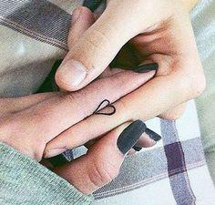 Tatouage Coeur Partagé - Doigt