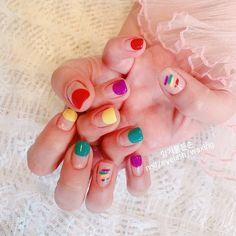 ทาเล็บสลับดีๆ แต่ลงแค่ครึ่งเล็บ ห้านิ้วบอกเลยสีต้องไม่ซ้ำ ถ้าอยากได้ความคัลเล... Colorful Nail, Nail Colors, Nails, Beauty, Colorful Nails, Finger Nails, Ongles, Beauty Illustration, Nail