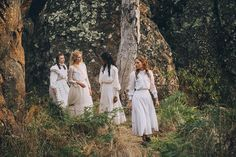 Trailer, featurettes, images and posters for the Australian miniseries PICNIC AT HANGING ROCK starring Natalie Dormer. Tilda Swinton, Natalie Dormer, American Idol, American History, Native American, Better Call Saul, Peter Weir, Picnic At Hanging Rock, Spring Awakening