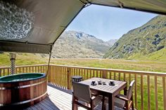 Luxury campsite flies guests in via helicopter Minaret Station is located in the heart of the Southern Alps in New Zealand Family Camping, Go Camping, Camping Hacks, Outdoor Camping, Camping Oven, Camping Heater, Camping Outdoors, Camping Ideas, Luxury Tents