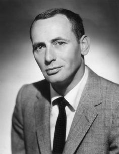 Joey Bishop: Headshot portrait of American actor, comedian, and Rat Pack member Joey Bishop. (Photo by Hulton Archive/Getty Images)