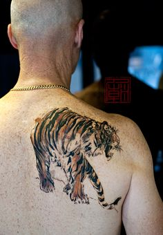 Tiger-Stripes-Wang-Tattoo-Temple-Hong-Kong_websm