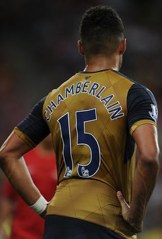 Alex Oxlade Chamberlain-- This is actually my phone wallpaper. NOT SORRY