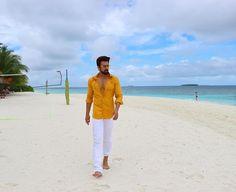 Cute Love, Maldives, Khaki Pants, Pvp, Actors, Pearls, Live Life, Coat, Jackets