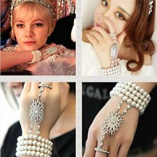 2015 New Great Gatsby Silver Cream Pearl Hand Chain Slave Bracelet Bridal Daisy Great Gatsby, 1920 Great Gatsby, Great Gatsby Fashion, Gatsby Style, Slave Bracelet, Ring Bracelet, Bangle Bracelets, Bangles, 1920s Headpiece