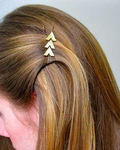 Rock this Katniss-inspired arrow pin.