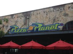 Check out The Pizza Planet in Hollywood Studios! Yummy cupcakes! :-)