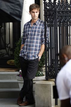 Chace Crawford shooting Gossip Girl in Manhattan