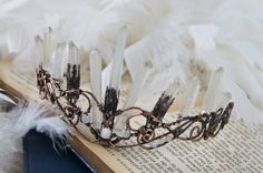 Raw quartz points boho copper crystals crown por cherrybutton