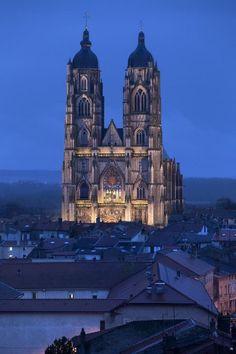 ✅ Basilique de Saint-Nicolas-de-Port (Meurthe-et-Moselle)   http://www.pinterest.com/adisavoiaditrev/