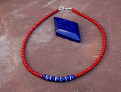 Simply Blood Coral Lapis Lazuli Choker van EASTERNSOULS op Etsy