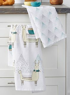 """Danica collection at Simons Maison   Add a chic, rustic exotic touch to the kitchen   Travel with wild llamas to the mountainous regions of South America   Easy-care 100% cotton weave   Set of 2 per package   20""""x30"""""""