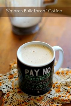 S'mores flavored bulletproof coffee is a great way to get those healthy fats. Make yours extra tasty with Torani Sugar Free Syrups! Atkins, Smoothies Verdes, Low Carb Drinks, Healthy Drinks, Paleo, Lchf, Green Coffee Bean Extract, Egg Fast, Low Carb